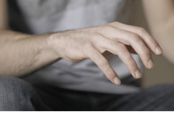 Cách chữa run tay khi hồi hộp đơn giản, đạt hiệu quả cao
