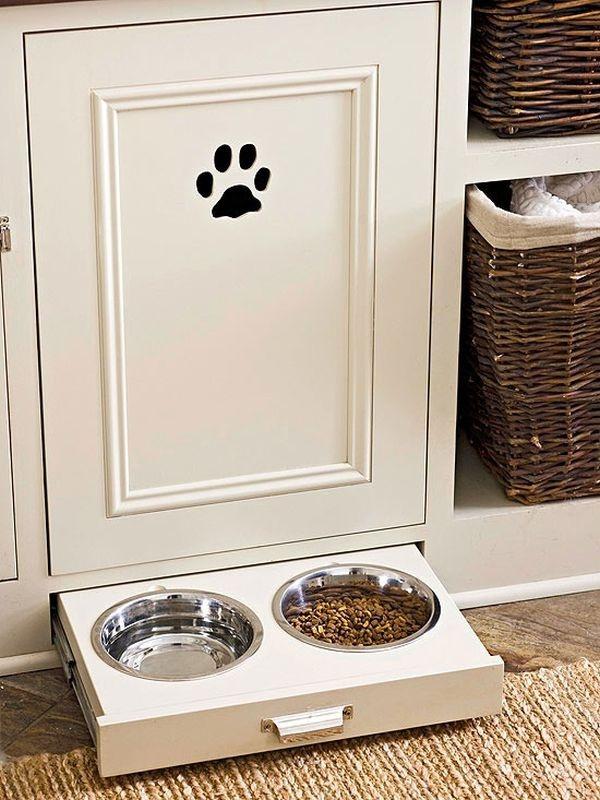 Tạo ngăn kéo cất trữ đồ ăn cho vật nuôi