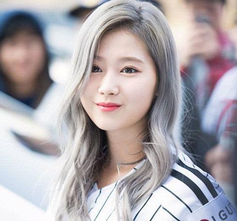 Màu tóc xám khói thu hút sự quan tâm của các nữ Idol Hàn Quốc