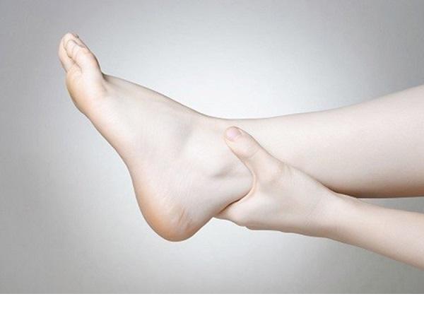 Chân bị sưng phù là bệnh gì - Tìm hiểu ngay để thắc mắc được giải đáp