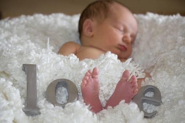 Cúng đầy tháng cho bé có cần phải đúng ngày - Ảnh 1