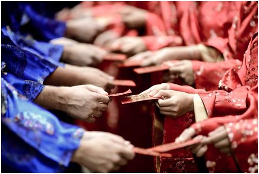 Lễđám hỏi cũng cóý nghĩa quan trọng vàđòi hỏi nhiều sự trang trọng chuẩn bị kỹ lưỡng