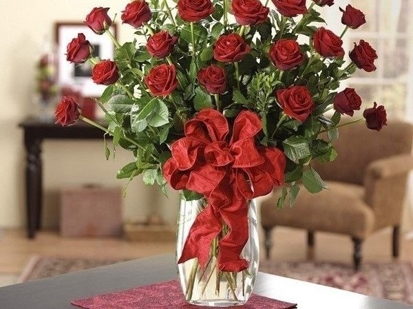Cách cắm hoa hồng để bàn thờ vừa đơn giản lại đẹp ngỡ ngàng