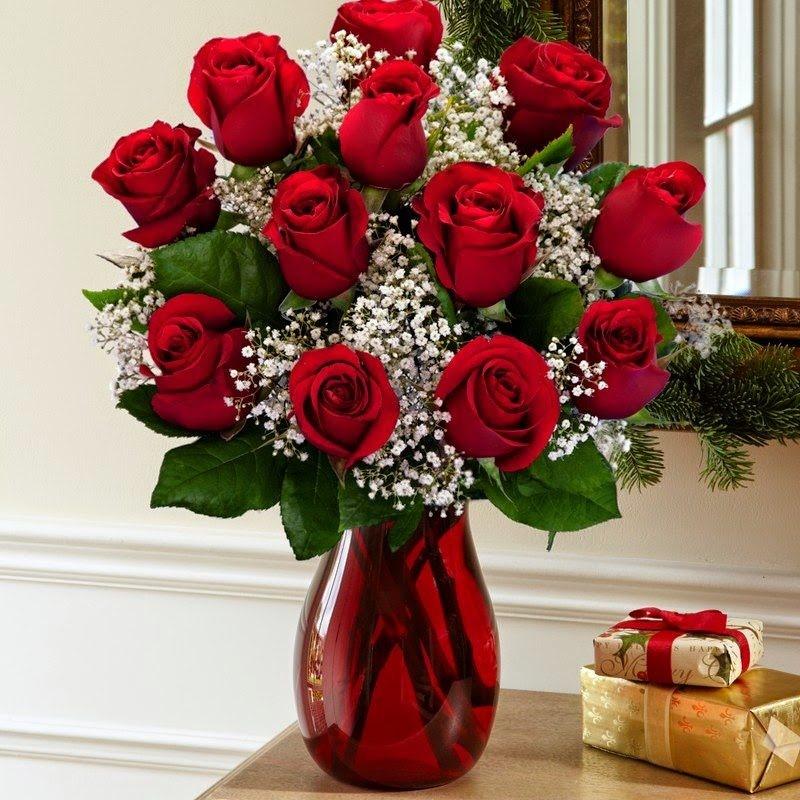 Bình hoa hồng chưng Tết thanh tao, đẹp mắt
