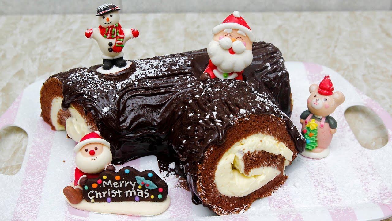 Bánh khúc cây là loại bánh theo truyền thống được dùng trong dịp lễ hội Giáng sinh