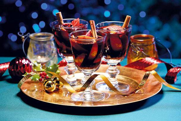 Rượu táo là thức uống rất được ưa chuộng trong bữa tiệc Giáng sinh