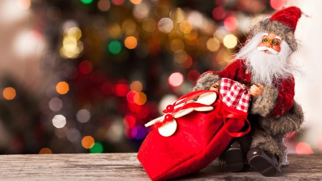 """Mượn hình ảnh """"Ông già Noel"""" để dạy trẻ những suy nghĩ tốt đẹp cũng là một cách giáo dục con cái rất hiệu quả"""