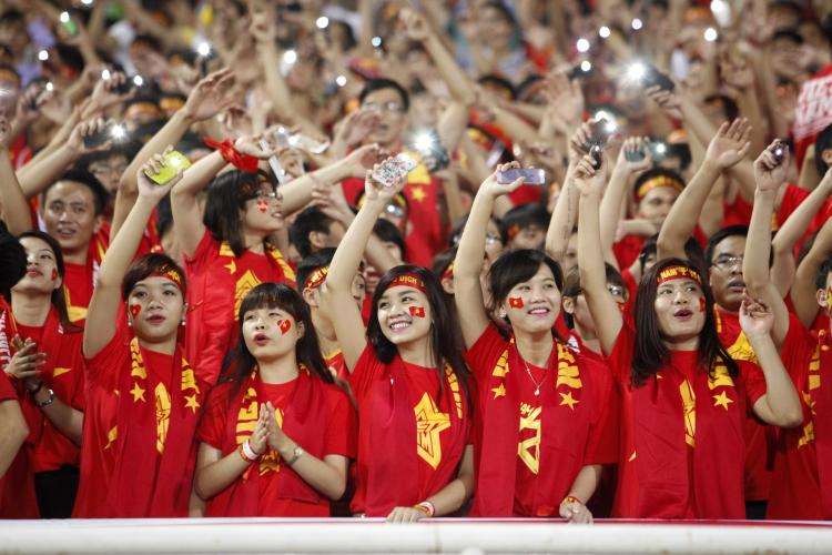 Bóng đá là môn thể thao vua, đem đến cho người chơi và khán giả không ít cung bậc cảm xúc
