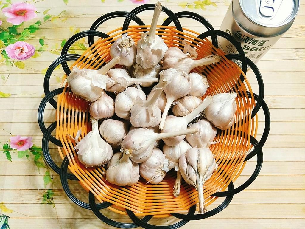 Học cách làm tỏi đen của người Nhật cực kỳ đơn giản bằng nồi cơm điện - Ảnh 4
