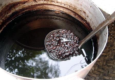 Cách nấu nước đậu đen đường phèn ngon ngọt, đậm đà tròn vị cực mê li - Ảnh 6