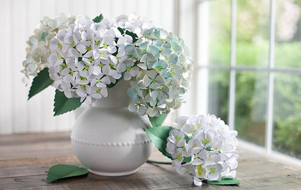 Cách cắm hoa cưới để bàn đẹp tự nhiên thêm ấn tượng trong ngày đặc biệt - Ảnh 1