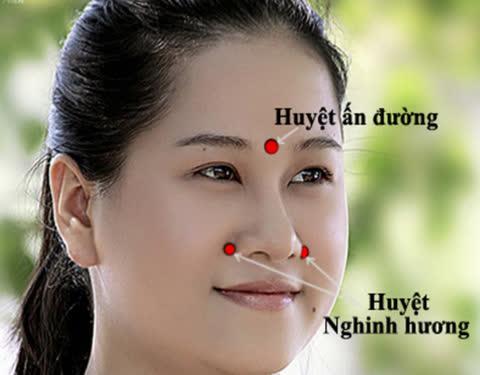 Hướng dẫn cách chữa nghẹt mũi bằng bấm huyệt đơn giản, an toàn tại nhà - Ảnh 4