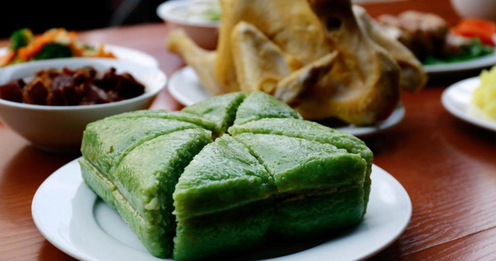 Bánh chưng, bánh tét không chỉ là món ăn truyền thống mà còn  được xem là món ăn mang lại may mắn trong đầu năm mới