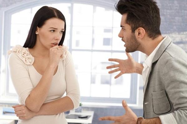 Trong đời sống hôn nhân, khó tránh được phải đối mặt với vấn đề vợ chồng cãi nhau