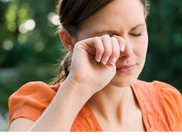 Nhức đầu nhiều ngày liền: Nguyên nhân và cách khắc phục hiệu quả