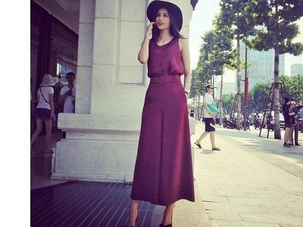 Quần ống rộng dài mặc với áo gì để lên đồ đẹp như fashionista?
