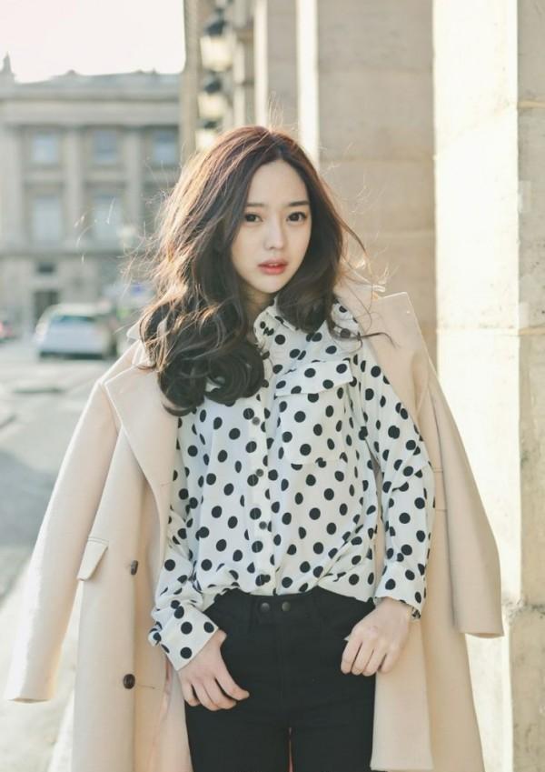 """""""Sốt bần bật"""" với 4 kiểu tóc rẽ ngôi giữa Hàn Quốc đẹp cho nữ 2018 - Ảnh 12"""