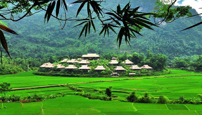 Mai Châu – Hòa Bình là nơi có khí hậu ôn hòa và vẻ đẹp hoang sơ của thiên nhiên