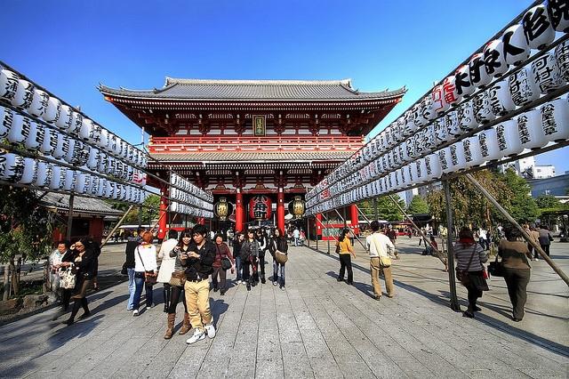 Du lịch nước ngoài cũng là lựa chọn của nhiều người trong dịp nghỉ Tết Dương lịch