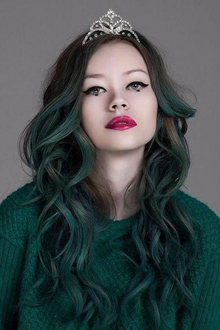Tổng hợp các kiểu nhuộm tóc màu xanh rêu theo xu hướng 2018 đẹp nhất cho nữ - Ảnh 7