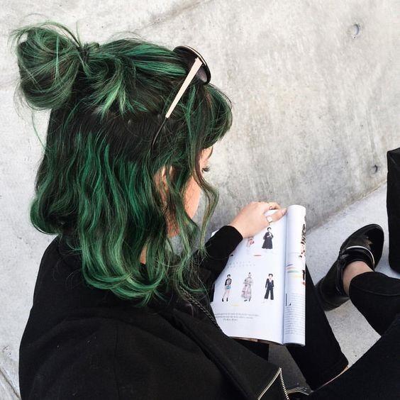 Tổng hợp các kiểu nhuộm tóc màu xanh rêu theo xu hướng 2018 đẹp nhất cho nữ - Ảnh 5