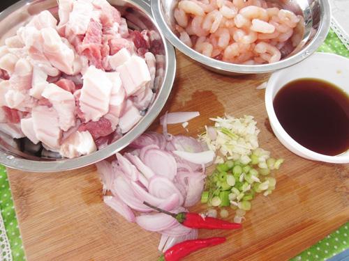Tổng hợp các món ăn ngon từ thịt lợn hấp dẫn miễn chê mà rất đơn giản, dễ làm - Ảnh 7