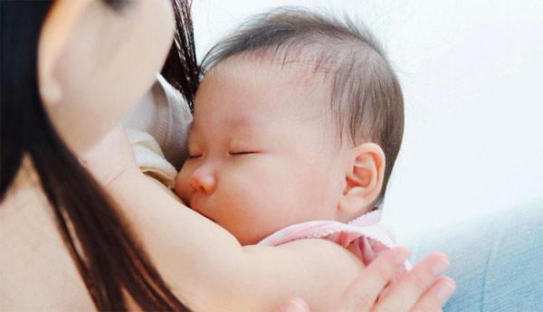 Trẻ sơ sinh ngủ nhiều có tốt không, cần lưu ý những gì? - Ảnh 7