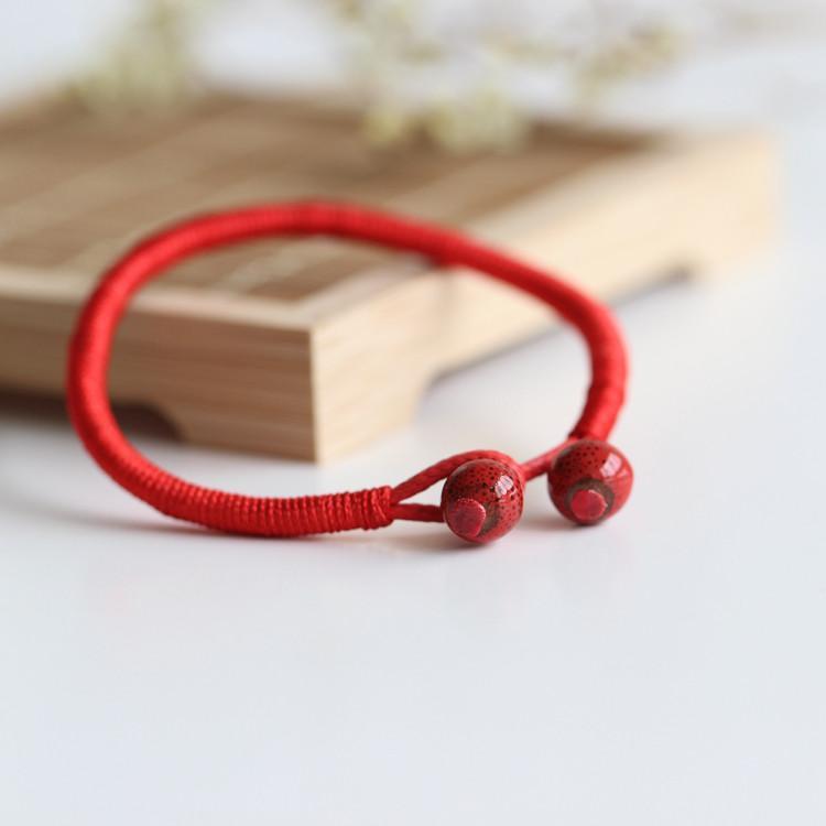Những điều kiêng kỵ khi đeo vòng chỉ đỏ để tránh biến may thành rủi 1356746054