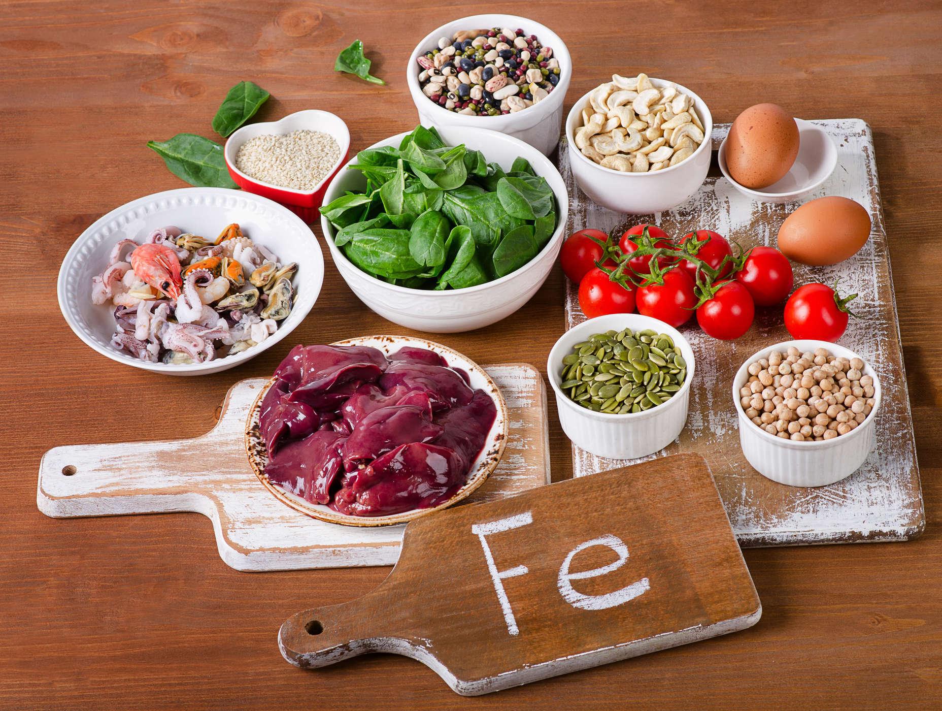 Người thiếu máu nên ăn gì bổ sung sắt tốt nhất?