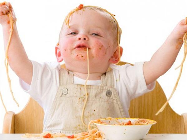 Giải đáp thắc mắc: Bé ăn không hấp thu phải làm sao?