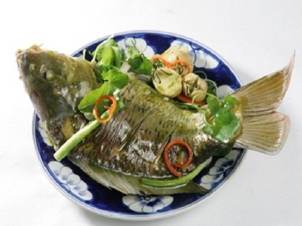 Cách làm món cá hấp lá ngải cứu vô cùng thơm ngon và bổ dưỡng