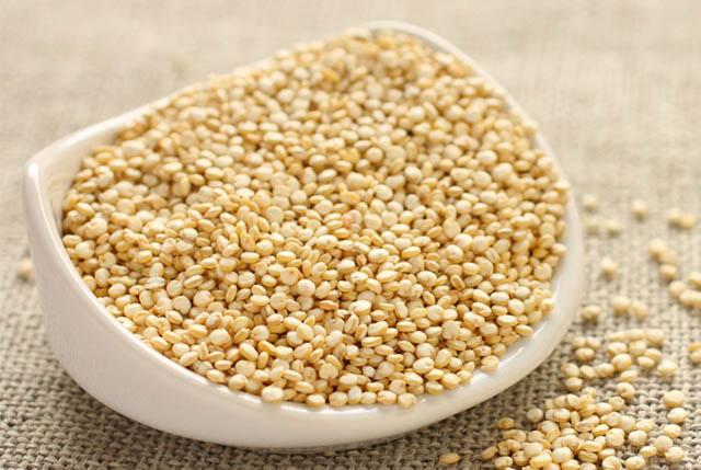 Cach che bien hat quinoa cho be an dam 1