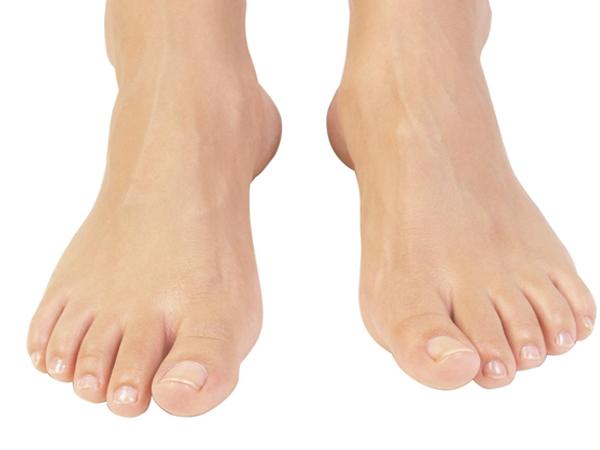 Tìm hiểu cách chữa mồ hôi chân đơn giản, hiệu quả tại nhà