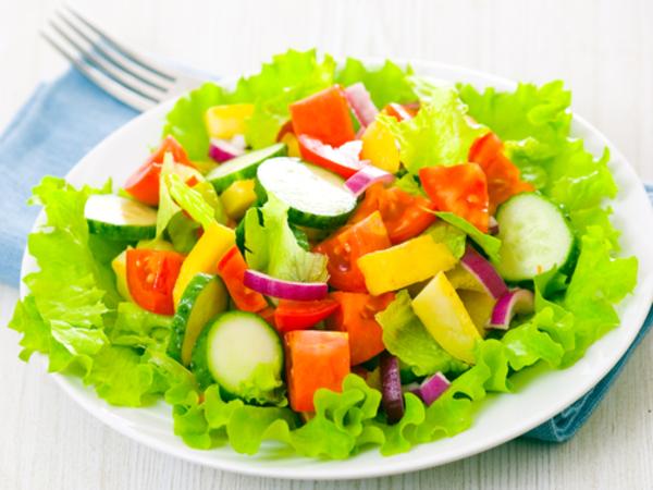 Cach lam salad rau cu 1