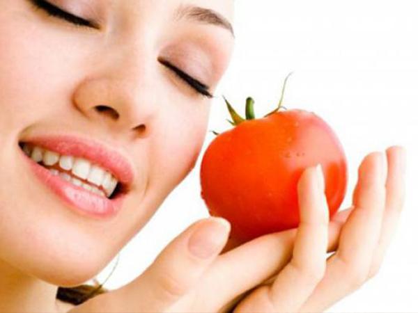5 cách làm trắng da toàn thân bằng cà chua an toàn, hiệu quả