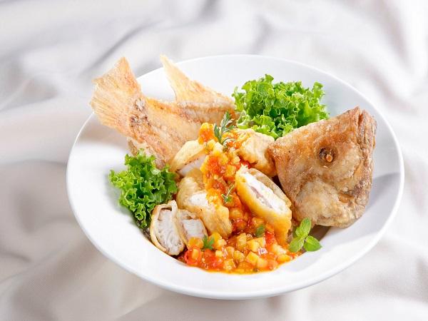 Cách rán cá ngon cho bữa cơm gia đình thêm hấp dẫn