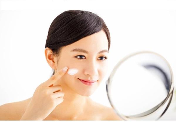 Cách xóa nếp nhăn trên mặt một cách tự nhiên và hiệu quả