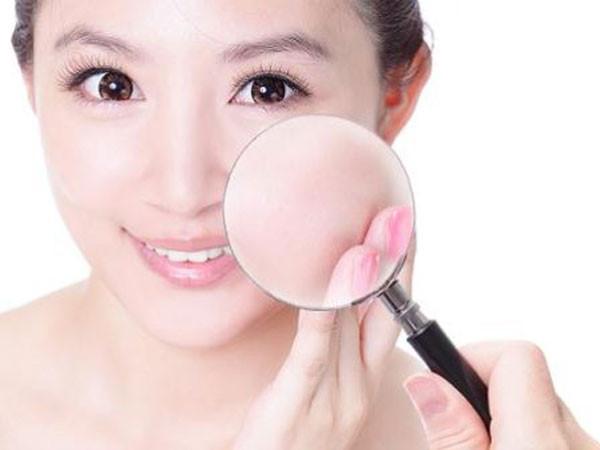 Nguyên nhân làm da mặt khô ngứa và cách điều trị