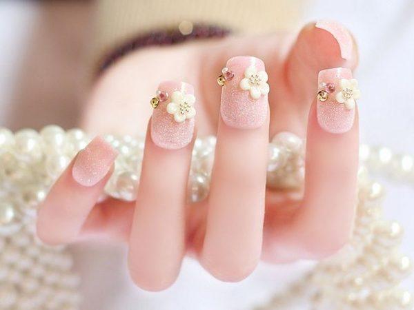 Chuyên mục giải đáp thắc mắc: Đắp bột móng tay có hại không?