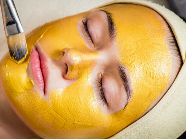 Đắp mặt nạ nghệ mật ong tuần mấy lần là hợp lý?