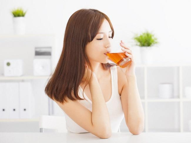 Phụ nữ mang thai 3 tháng đầu có nên uống mật ong hay không?