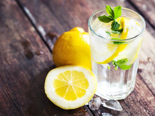 Uống nước chanh giảm cân hiệu quả không?