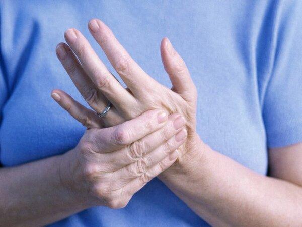 Hiện tượng tay nổi gân xanh và những điều cần biết