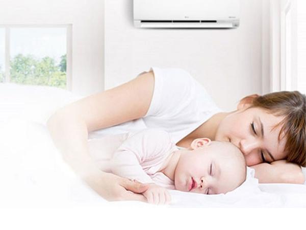 Giải đáp: Trẻ sơ sinh có nên nằm điều hòa hay không?