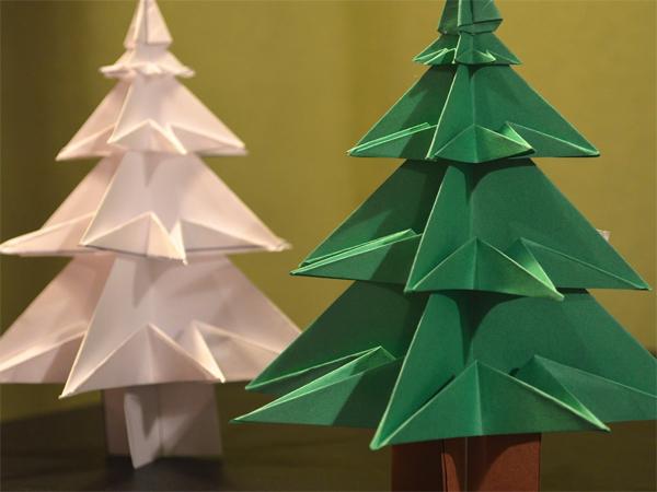 Hướng dẫn cách làm cây thông Noel bằng giấy cứng đơn giản