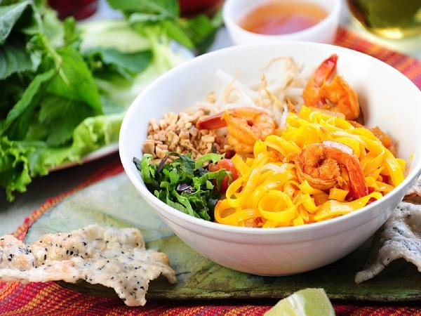 Cách nấu nước lèo mì Quảng ăn là ghiền