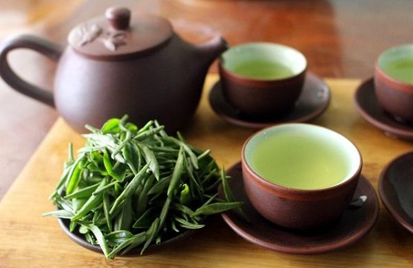 Uống trà xanh mỗi ngày giúp ngăn ngừa lão hóa xảy ra