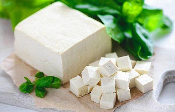 Trong đậu phụ cũng chứa nhiều vitamin D3