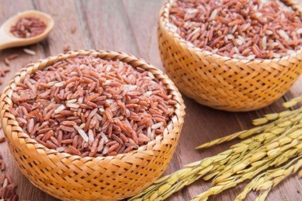 Gạo lứt giúp giảm cân sau sinh nhanh chóng