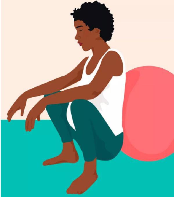 Tư thế ngồi xổm giúp mẹ bầu mở cổ tử cung nhanh